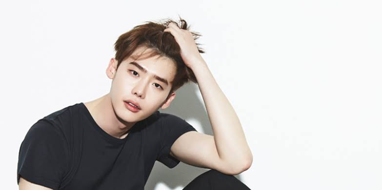 Lee Jong Suk's Dramas in 2021 Worth Waiting For
