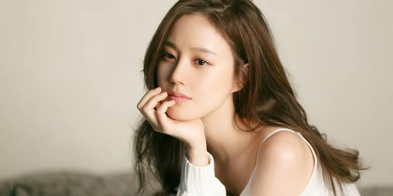 Most Discussed Korean Actress in 2020